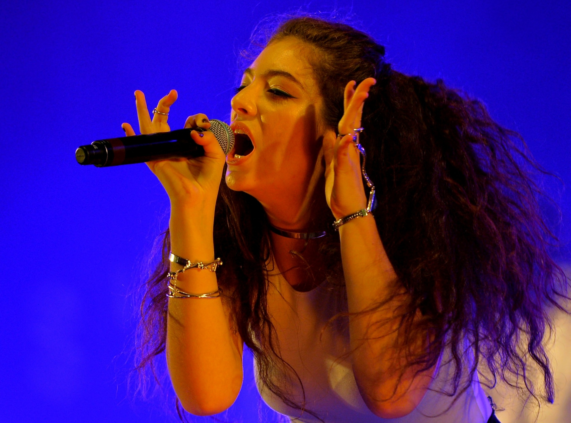 Lorde's 'Melodrama' is here: Download and streaming options for the new album